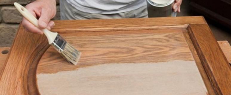 Покрытие мебели масляным лаком